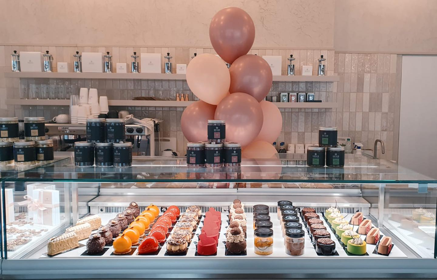 DESEO opens a new pastry shop in Browary Warszawskie